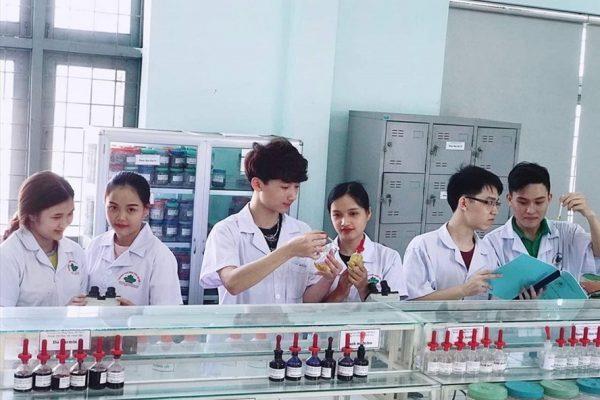 Báo Lao động : Cao đẳng Y dược Tuệ Tĩnh Hà Nội tăng chỉ tiêu tuyển sinh năm 2019