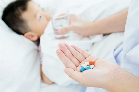 Lạm dụng kháng sinh: Mắc bệnh thông thường cũng dễ nguy