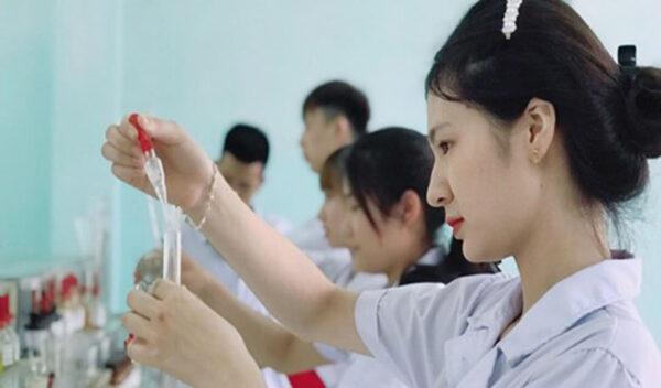 Báo Pháp luật – Trường Cao đẳng Y Dược Tuệ Tĩnh Hà Nội với mô hình đào tạo Bệnh Viện – Trường học